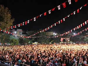 COŞKULU FESTİVAL DEVAM EDİYOR