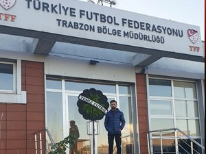 TFF ÖNÜNDE SESSİZ TEPKİ